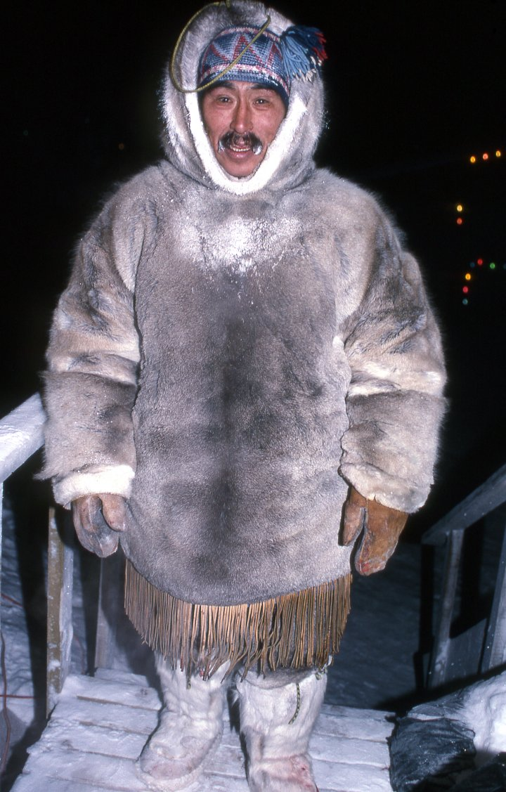 1000+ images about Inuit Clothing on Pinterest | Coats ...